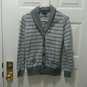 Size M men's Tommy Hilfiger button down sweater